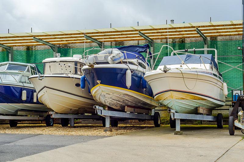 Cap Azur Marine   Spécialisés dans la mécanique marine à Macinaggio 02